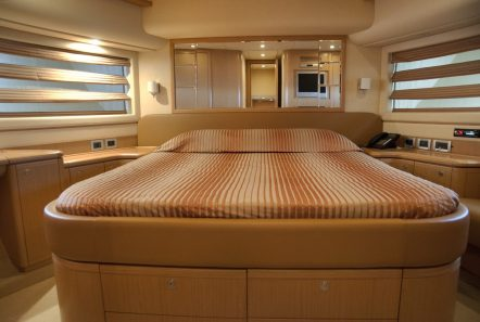 julie m motor yacht cabins (6) min -  Valef Yachts Chartering - 3915
