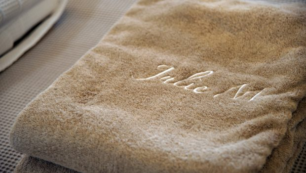 julie m motor yacht towel -  Valef Yachts Chartering - 3904