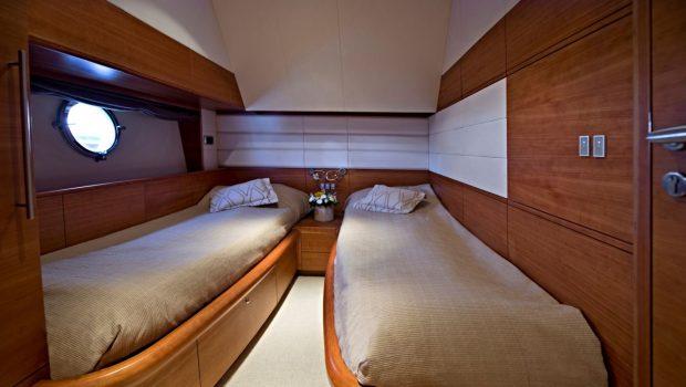 july motor yacht twin stateroom_valef -  Valef Yachts Chartering - 4923