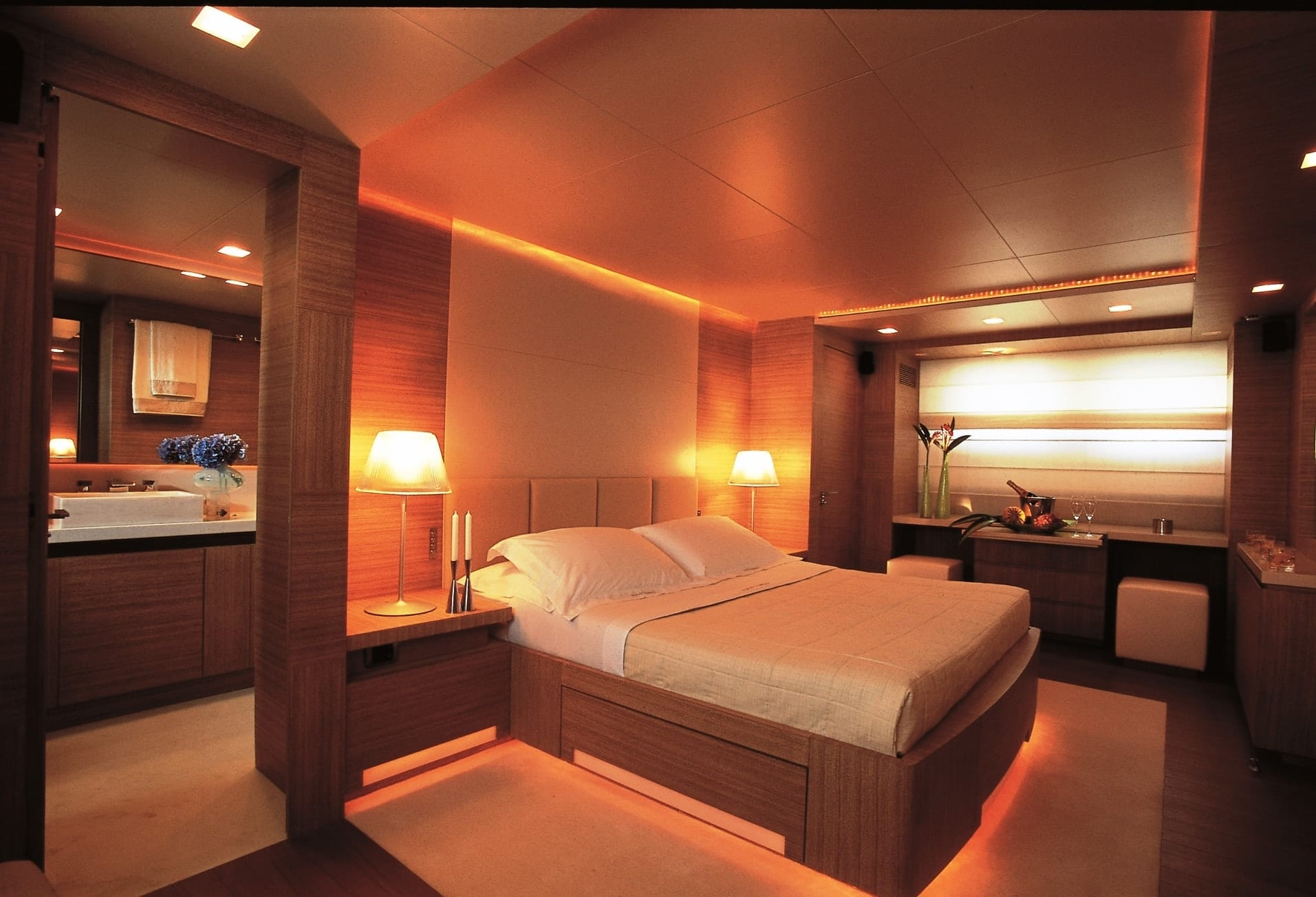 kintaro motor yacht cabins and baths (2) min -  Valef Yachts Chartering - 4547