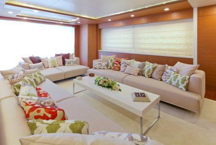 kintaro motor yacht salon (4) min -  Valef Yachts Chartering - 4531