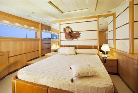 lady p motor yacht master stateroom (2)_valef -  Valef Yachts Chartering - 5083