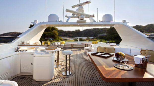 lady p motor yacht sundeck jacuzzi (2)_valef -  Valef Yachts Chartering - 5077