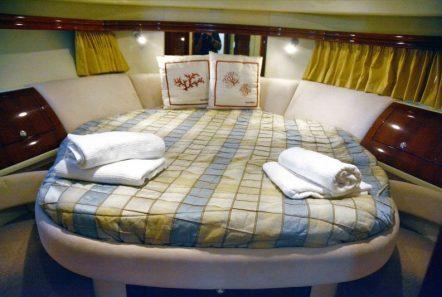 liazeta motor yacht double_valef -  Valef Yachts Chartering - 5021