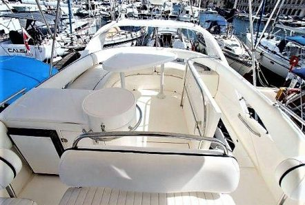 liazeta motor yacht fly deck_valef -  Valef Yachts Chartering - 5020