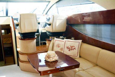 liazeta motor yacht salon dining (2)_valef -  Valef Yachts Chartering - 5014