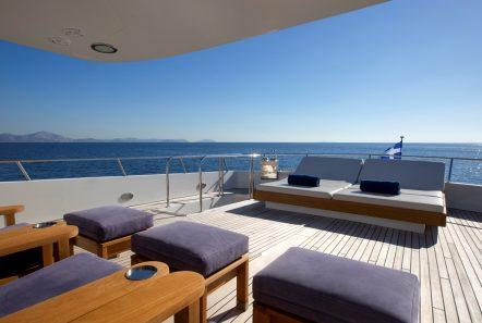 libra y motor yacht aft (2) min -  Valef Yachts Chartering - 3677