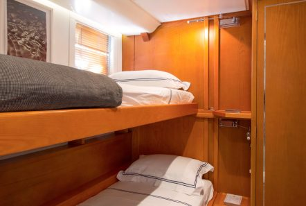 libra y motor yacht bunks (2) min -  Valef Yachts Chartering - 3668
