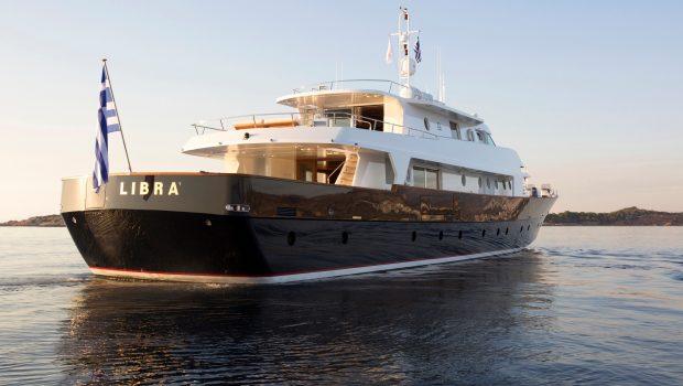 libra y motor yacht exteriors (1) min -  Valef Yachts Chartering - 3663