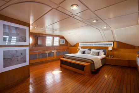libra y motor yacht master (2) min -  Valef Yachts Chartering - 3655