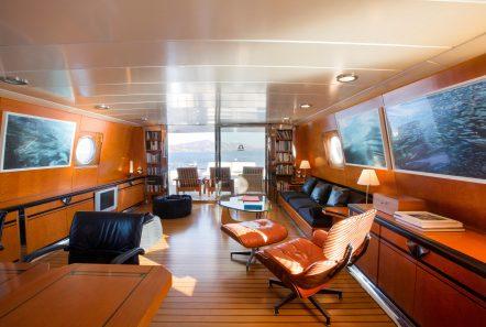 libra y motor yacht salons (1) min -  Valef Yachts Chartering - 3653