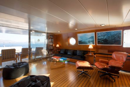libra y motor yacht salons (2) min -  Valef Yachts Chartering - 3652