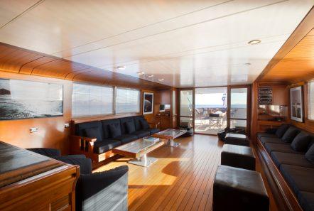 libra y motor yacht salons (4) min -  Valef Yachts Chartering - 3650