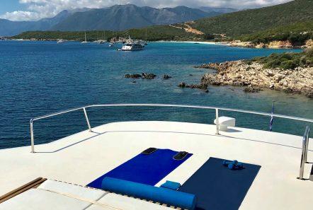 libra y motor yacht sun beds (2) min -  Valef Yachts Chartering - 3694