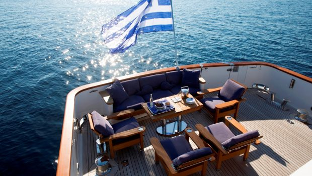 libra y motor yacht sun decks (1) min -  Valef Yachts Chartering - 3693