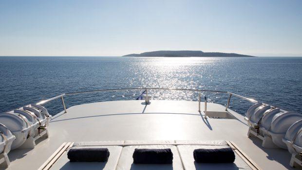 libra y motor yacht sun decks (3) min -  Valef Yachts Chartering - 3691