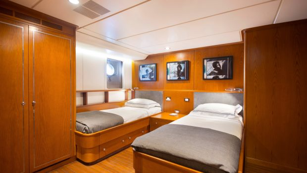 libra y motor yacht twins min -  Valef Yachts Chartering - 3679