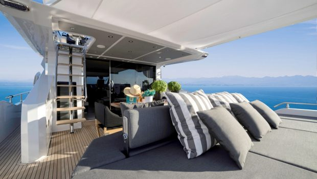 makani motor yacht aft min -  Valef Yachts Chartering - 4154