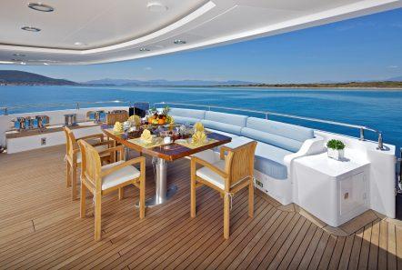 mia rama mega yacht aft table (2) min -  Valef Yachts Chartering - 3975