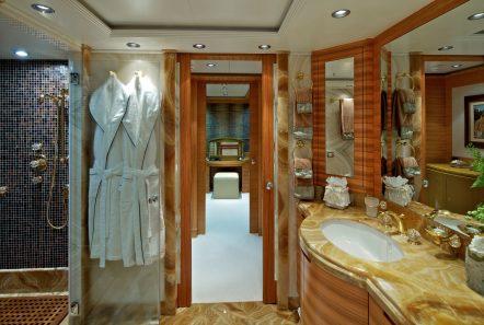 mia rama mega yacht bath min -  Valef Yachts Chartering - 3973