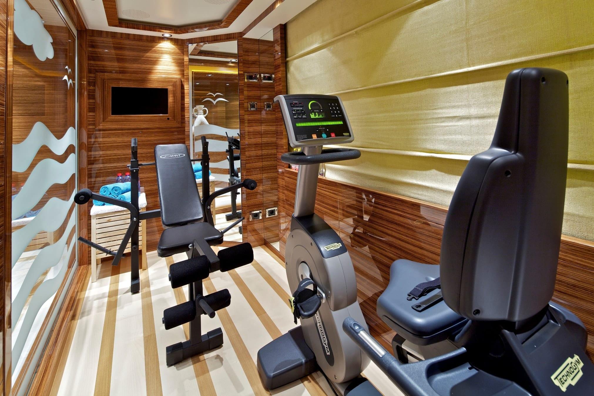 mia rama mega yacht gym min -  Valef Yachts Chartering - 3968