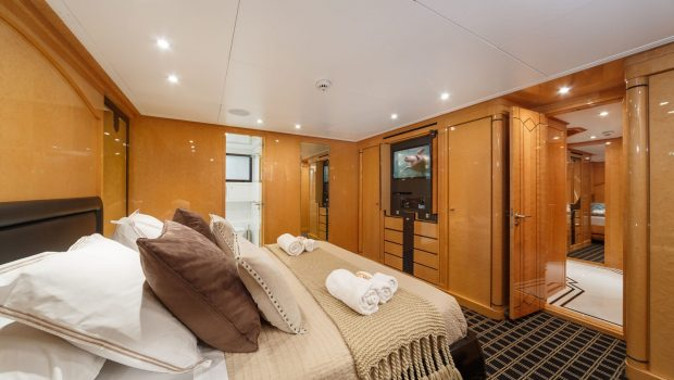 milos at sea motor yacht double min -  Valef Yachts Chartering - 4342