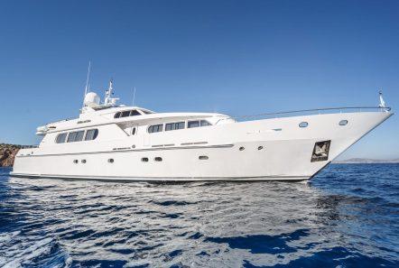 milos at sea motor yacht exteriors (2) min -  Valef Yachts Chartering - 4340
