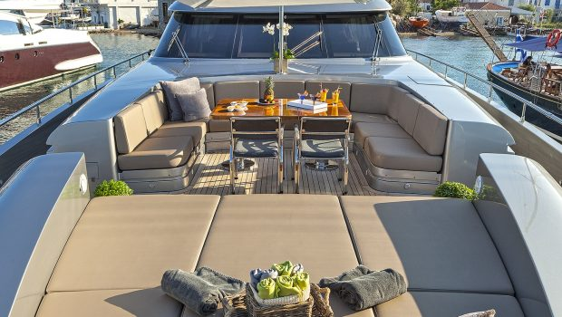my toy motor yacht fore -  Valef Yachts Chartering - 4958