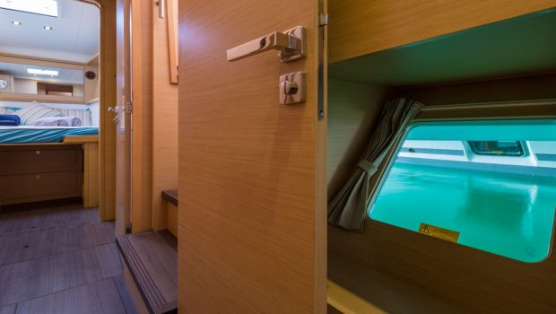 new horizons catamaran detail_valef -  Valef Yachts Chartering - 5074