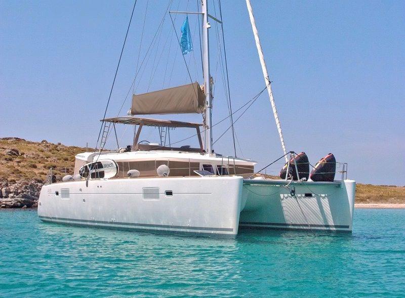 new horizons catamaran exterior side_valef -  Valef Yachts Chartering - 5070