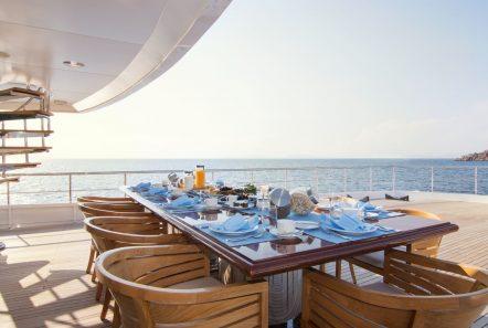 o_natalina aft dining (4)_valef -  Valef Yachts Chartering - 4975