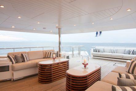o_natalina aft lounge (2)_valef -  Valef Yachts Chartering - 4973