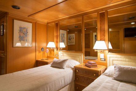 o_natalina cabin 3 twins (1)_valef -  Valef Yachts Chartering - 4967