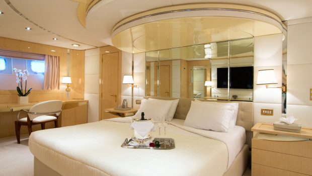 o_natalina master stateroom (1)_valef -  Valef Yachts Chartering - 5000
