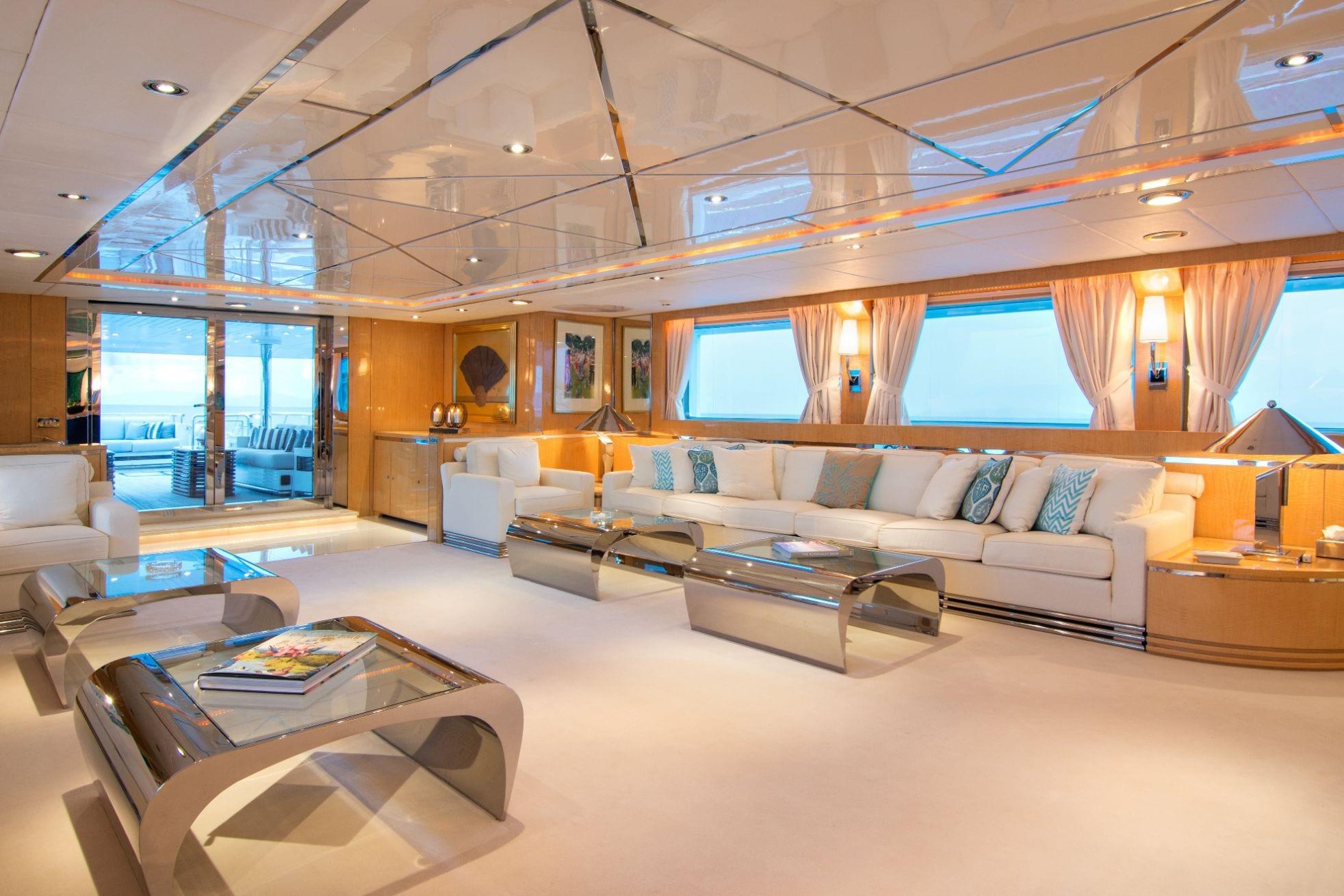 o_natalina salon (3)_valef -  Valef Yachts Chartering - 4994