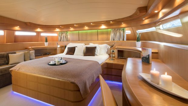 paris a motor yacht master min -  Valef Yachts Chartering - 4754