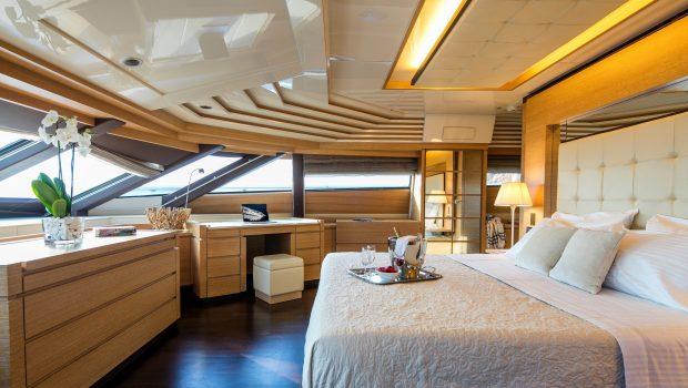 rini motor yacht master2 -  Valef Yachts Chartering - 4861