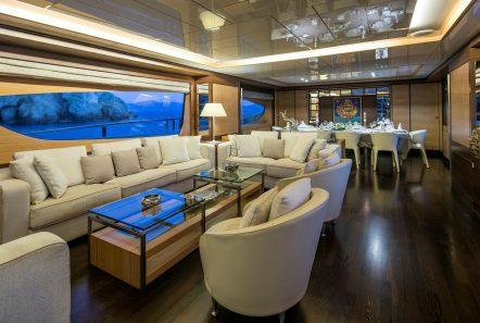 rini motor yacht salon -  Valef Yachts Chartering - 4858