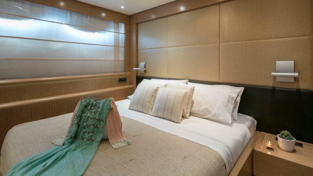 rini v motor yacht double min -  Valef Yachts Chartering - 4837