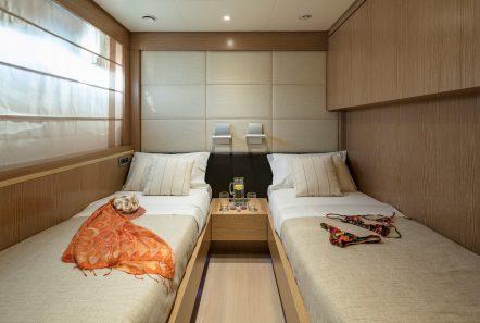 rini v motor yacht twin min -  Valef Yachts Chartering - 4828