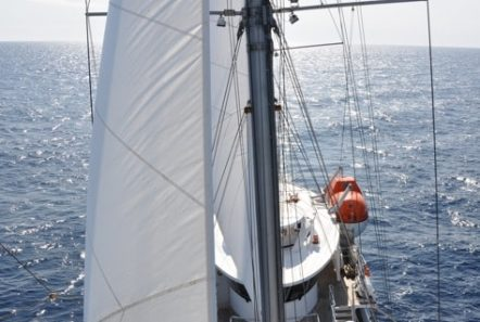running on waves sail1 min -  Valef Yachts Chartering - 4468