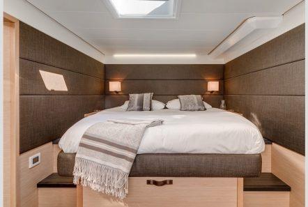 selene catamaran cabin min -  Valef Yachts Chartering - 4460