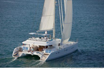 selene catamaran profile min -  Valef Yachts Chartering - 4454