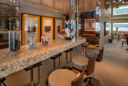 serenity superyacht bar2 min -  Valef Yachts Chartering - 4223