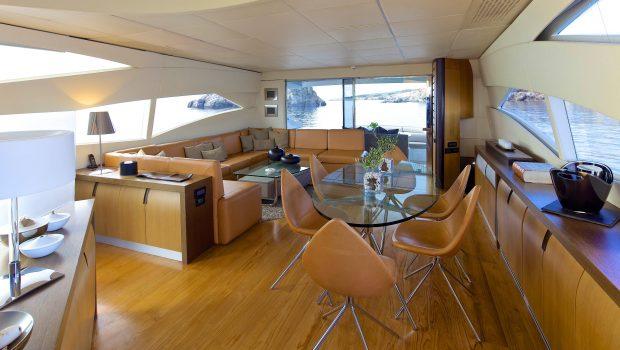 solaris motor yacht salon2 min -  Valef Yachts Chartering - 4651