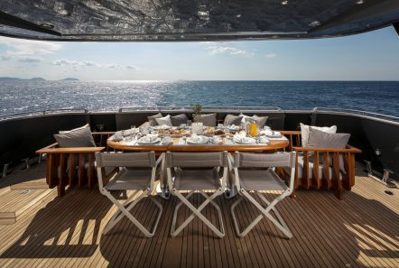 summer dreams motor yacht aft dining min -  Valef Yachts Chartering - 4733