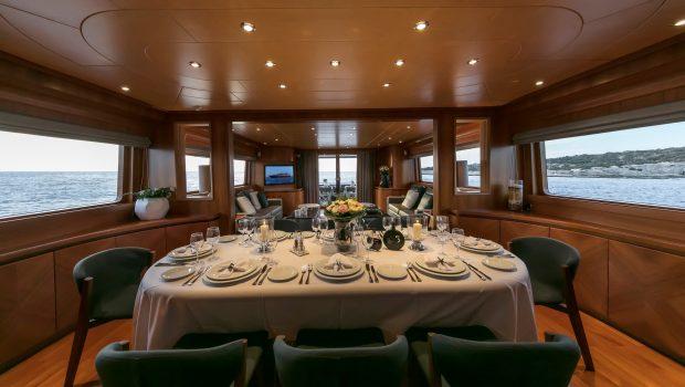 summer dreams motor yacht dining min -  Valef Yachts Chartering - 4731