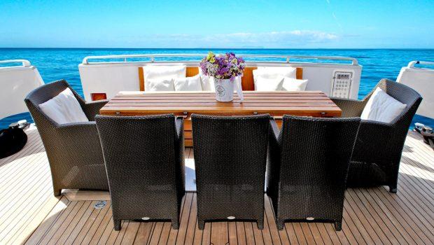 tropicana motor yacht aft deck_valef -  Valef Yachts Chartering - 5138