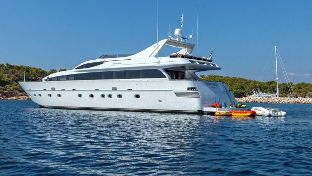 tropicana motor yacht aft_valef -  Valef Yachts Chartering - 5139