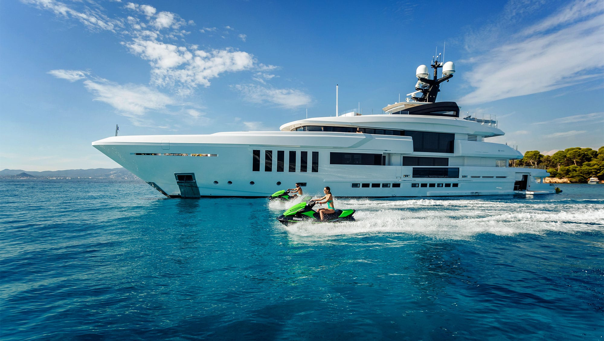 Rent The Yacht. Own The Feeling.